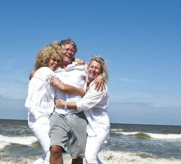 Familie fotografie, familie op de foto, familiefoto, fotografie, foto op het strand, gezinshoofd, familieshoot, alphae aan den rijn